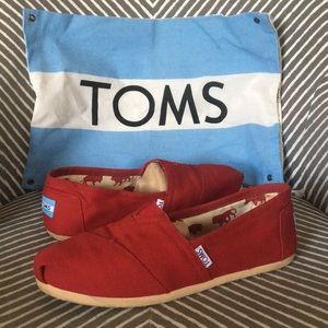Toms slip on shoe